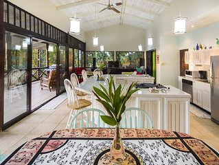Very Private, Awesome Pool, Ocean View, Amazing Wildlife----Howler House