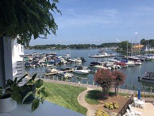Lake Norman waterfront 2 bedroom, 2 bathroom condo - centrally located
