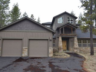 20 Kinglet Lane: 5 BR / 5 BA home in Sunriver, Sleeps 10