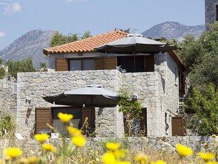 Mani-leonidashouses Traditional villas full equipment close to beach to tavernas