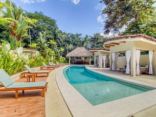 Unique, secluded villas surrounded by nature w/ a shared pool in Manuel Antonio!