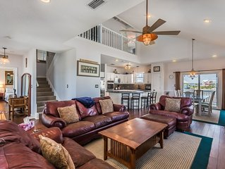Beautiful Beach House on a Beautiful Beach! Special any day left in April or May