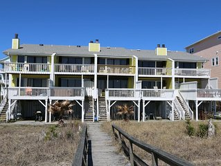 The Cedars #3: 3 BR / 3 BA condo in Carolina Beach, Sleeps 8