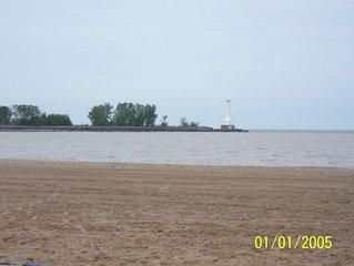 WONDERFUL HOME BY NICKEL PLATE BEACH/MINUTES TO CEDAR POINT