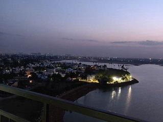 Amazing Lake View Sky Condo | Luxury 3 Bedroom Apartment in the city