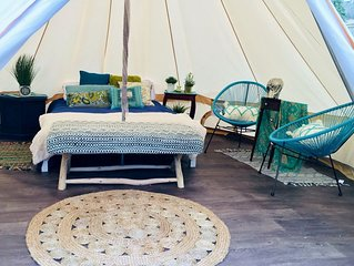 Luxury Camping connected to Beautiful Provincial Park