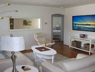 Fabulous Beach House ,W/Heated Pool, 2 Blks to Beach,  REDUCED DECEMBER RATES!!!