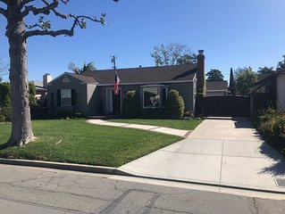 Beautiful Lakewood Village Home Great location