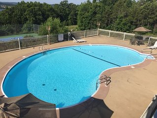 Boaters*Boat Slip Included*Pools*3 Kings
