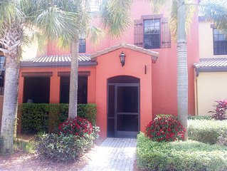 PASEO SouthWest Florida - 2BR, 2.5b, On Quad with Semi-Private Pool