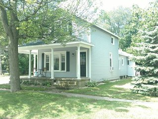 3BR/2BA in the heart of Spring Lake Village