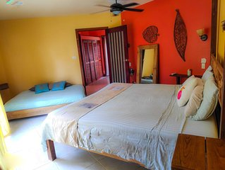 Casa Del Mar - Room Solarte - Garden view - King size bed & Double bed