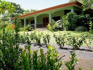 Casa Rusty, Private gated community steps from the pool