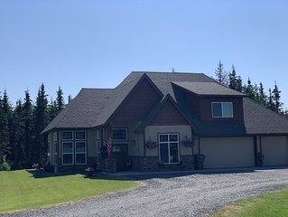 Beautiful home just minutes from the Kenai River!