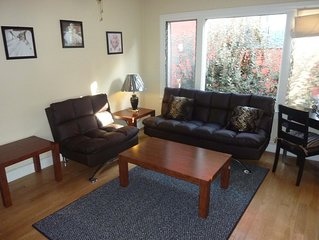 Los Feliz - Hollywood Jewel W/ Amazon Firestick (Netflix)