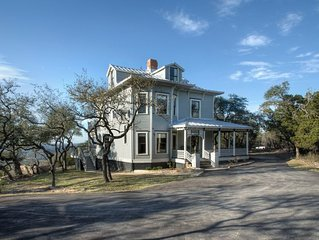 Charming Victorian Home w/ AMAZING VIEW, Pool, Hot Tub, Game Room