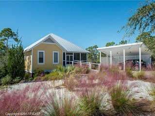 Beautiful community, boardwalk to beach, comm pool, play area, beach walk