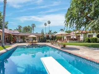 Garden Oasis with gorgeous pool in the middle of Los Angeles!