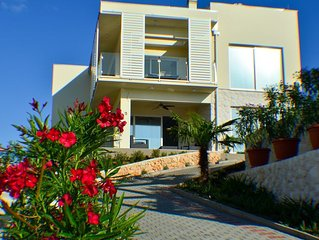 Villa Summer Dreams - a peacful oasis in Murter - suitable for family and groups