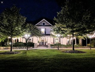 The Groome Inn conveniently located 10 minuets from Highpoint and Greensboro.
