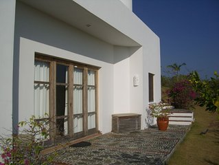 Comfortable Granny with private pool and splendide Ocean View in Design Villa