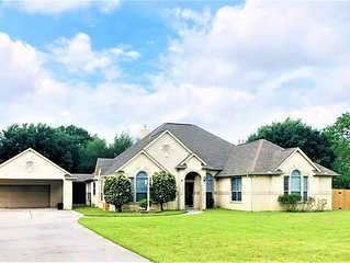 ★ 5 Star ★ Country Gem NW of Houston