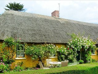 Thatched Irish Cottage in Beautiful and Tranquil Countryside