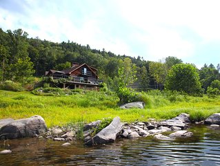 Stunning Riverfront Log Cabin With Spectacular Views