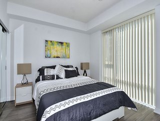 Executive 3 Bedroom Furnished Condo in Toronto