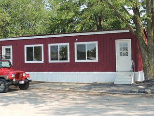 2 bedroom 1 bath modular  with boat parking Close to Port Clinton attractions