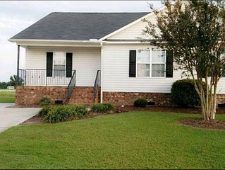 Home on Golf course (Travel Nurses, Greenville)