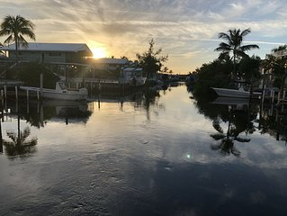 AMAZING WATER AND SUNSET VIEW  KEY LARGO TOWN-HOME 3BR/2BATH Leave the stress!