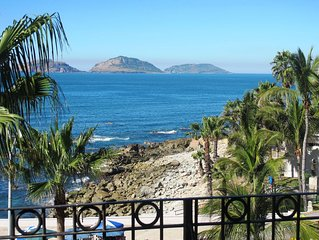 AMAZING VIEWS! Centro Historico Ocean View 2 bed / 2 bath 1800 sq. ft.