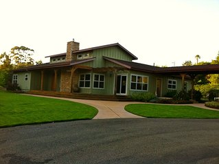 Luxurious, Spacious Country Home with Pool and built in Spa, 3+ BR, 5 BA
