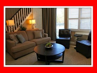 Fabulous 2 Level, 2 Bedroom Condo on Blue Mountain! Over 100 ⭐⭐⭐⭐⭐ Reviews!