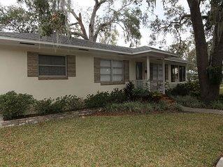 Bella Casa, Pet Friendly, 2 Bedroom, WIFI, Located in St. Augustine