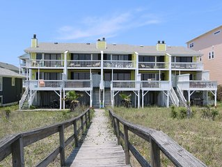 The Cedars #4: 3 BR / 3 BA condo in Carolina Beach, Sleeps 8