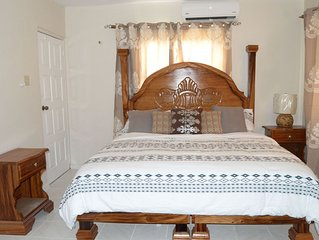 Charming & Comfortable 1-Bedroom Suite in Montego Bay
