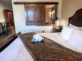 White Buffalo Club - 2 Bedroom Suite