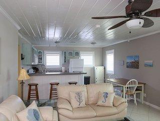 Port Salerno/Manatee Pocket Guest Cottage