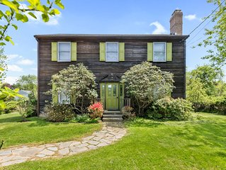 Modern and Bright Montauk House 2000sqft on half an acre