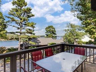Gorgeous Lake Condo! Great Location!!