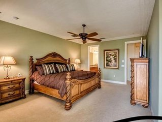 WOW! 3 BEDROOM TOWNHOME ON THE QUAD- PRESTIGIOUS OLE, LELY RESORT