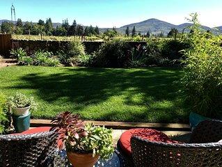 Romantic Vineyard View Cottage & Elopement Venue