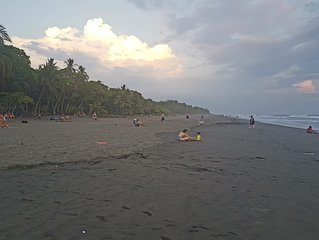Beautiful beach house in Costa Rica for vacations. Discount for long stay