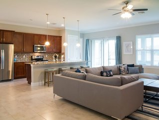 Tropical Oasis in SW Cape Coral - Vacation in This All New Home!