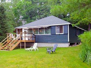 Lovely 3-bedroom cottage on Pine Lake, near Gravenhurst, Ontario