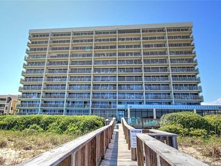 Pelican Watch 304: 3 BR / 2 BA condo in Carolina Beach, Sleeps 8