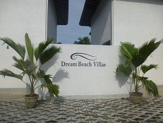 Dream Beach Villas / Villa Araliya - New luxury villa near Hikkaduwa