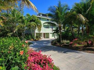 Gorgeous 4/5 Bedroom, 3 1\2 Baths, Heated Pool, Dock, Near Beach AND Bay